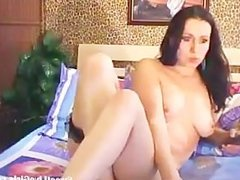 brunette girl playing with her two holes(1).flv
