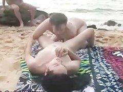 Amateur outdoor oral finger couple