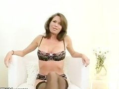 Mommy tugs and sucks pov