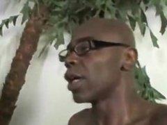 A White Cuckold Head Black Cum Dump