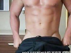 Bodybuilder Frank DeFeo Fucking his GF