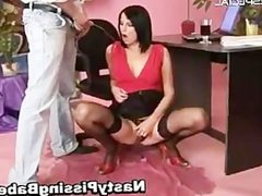 Bimbo in stockings getting pissed in her part6