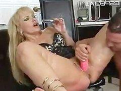 Mature MILF gets asshole fucked part2