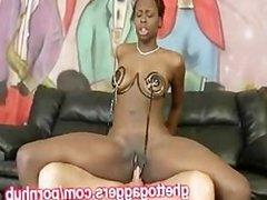 Kinky Black Ho Squirts On A White DIck