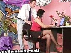 Slut in stockings gets pissed in her part3
