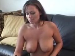 Sexy Leslie Using Toy In Her Pussy