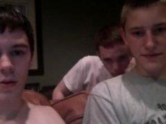 Three str8 boys cam show. 2 of them cum