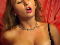 sexy hot girl playing hard with a dildo(1).flv