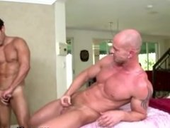 Straighty gets ass fucked