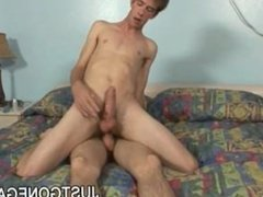 Twinks Mike Young and Tyler Davis Suck and Fuck Playtime