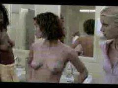 Amy Smart - Nude Lockeroom Scene