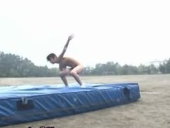 Real asian amateur in naked track and field part1