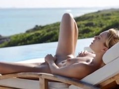 Killer bum and outdoor pussy rubbing