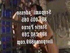Porno Padrona al telefono 899 883 070