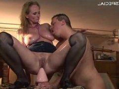 Mature housewife getting all her holes filled part4