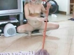 LiveSex.com - Cleaning the squirt