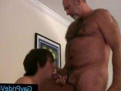 Old gay bear getting his dick sucked by twink gaypridevault part2