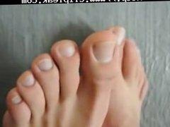 Mf Hd Feet