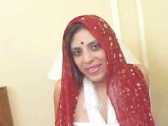 Horny Arabian princess exposing part2