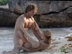 hardcore penetrate on the luxury beach
