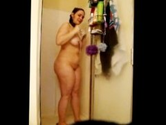 Cheating BBW wife Gina cums in shower