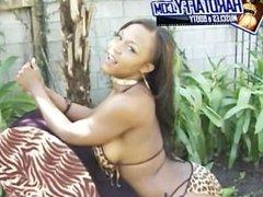 slim black college freak Vida Valentine Booty Twerkin at BBQ