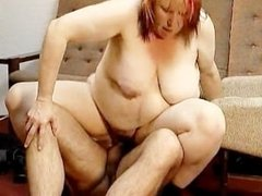 Dirty fat housewife having an orgasm part1