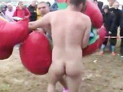2 Nude Guys fight