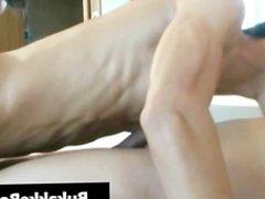 Tied and Cumming gratis homo sex part1