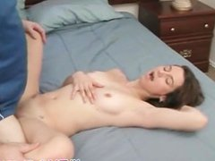 Babe takes it in her cunt