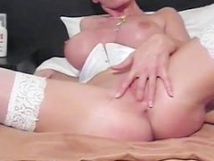 Juggs Carmen fornicate her crazy snatch part1