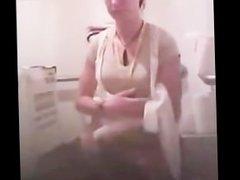 espienado en el baño 2 sex-mex.blogspot.com