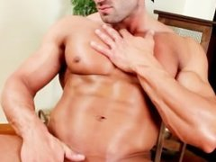 Muscled stud gets his fine penis sucked part3