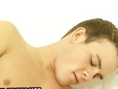 Twinks sucking each others cocks in the bathtub