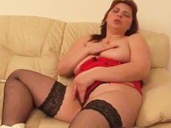 Horny Mature woman playing part1