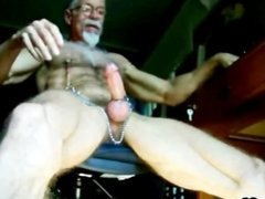 Amateur men jerking off on webcam