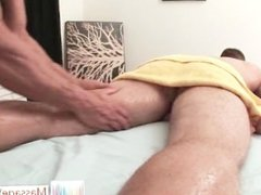 Park Wiley gets the massage of his life part3