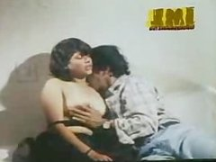 Indian Mallu Busty Aunty Actress TOPLESS Secene