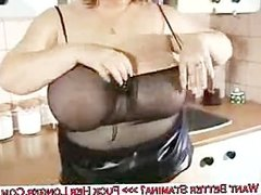 huge breasts babe dildoing her juice pussy deep hard
