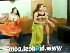 Pakistani Desi Dance