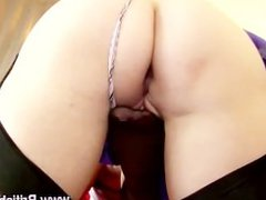 Mature British lesbians in nylons lick pussy