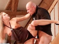 Hot blonde babe goes crazygetting her pussy fucked hard