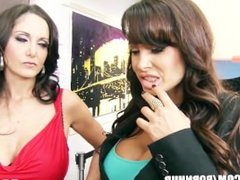 Big-tit brunette MILF Lisa Ann shares big-dick with Ava Addams