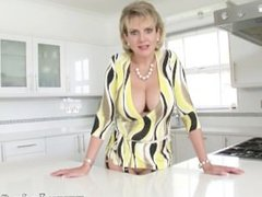 The most beautiful mature in UK getting fucked hard!