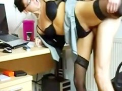 Amateur MILF got cum all over her face