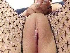 punk chick solo masturbation