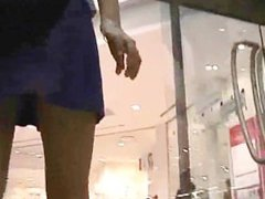 Hidden camera upskirt! pursuit