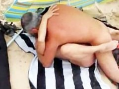 amateur sex at the beach