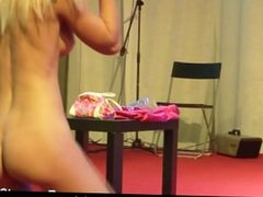 Stunning girl pleasing a horny guy at the sex show