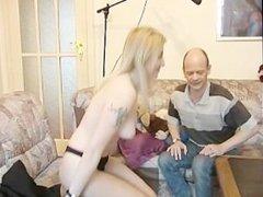 Blonde cougar amateur gets fingered for the cameras